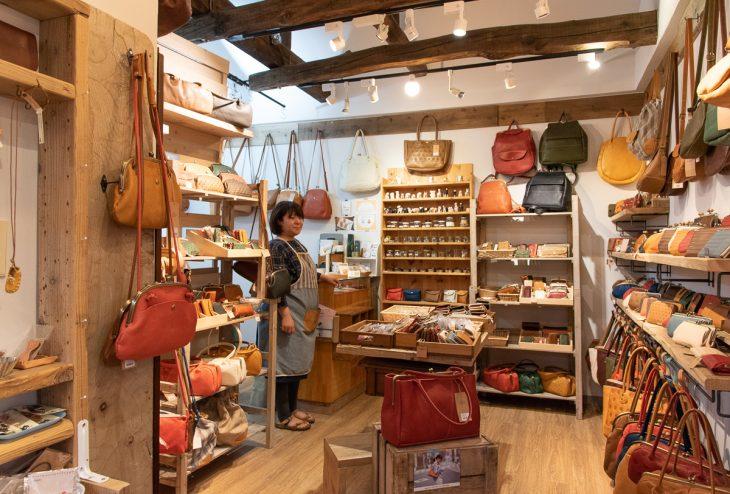 2016年には工房ショップから徒歩3分の場所に新店舗もオープン
