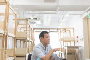引っ越したばかりの日本橋オフィス。什器には今後、様々な産地のサンプルが並ぶ予定